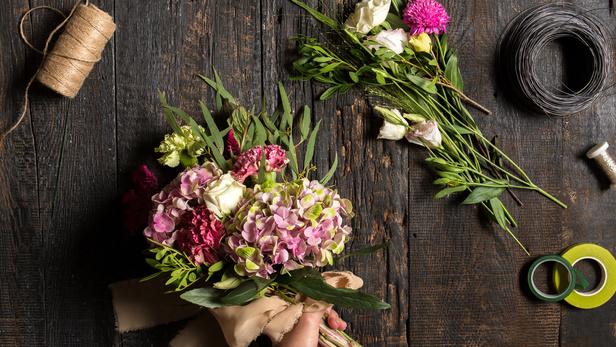 Le petit marché des fleurs, Composition d'art floral à Rouffiac