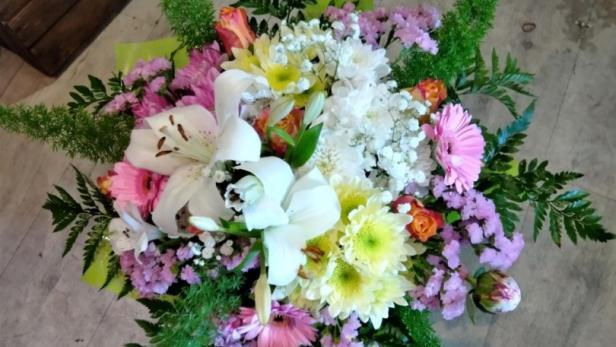 Création d'un magnifique bouquet rond à Saint-Jean