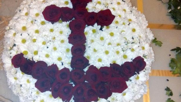 Création d'un médaillon de fleurs à Saint-Jean