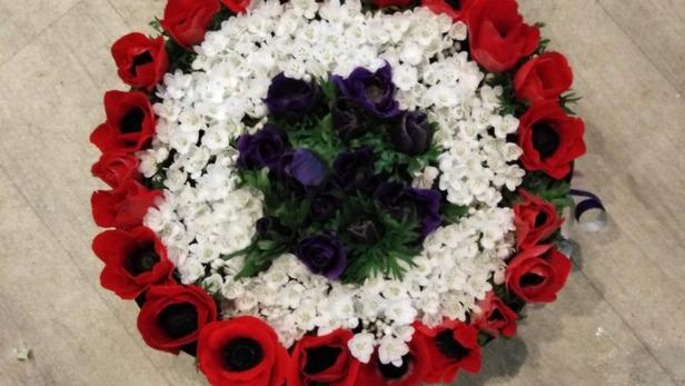 Création de bouquets pour rendre hommage à Saint-Jean